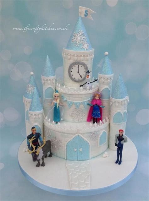 frozen castle cake cake   crafty kitchen sarah garland cakesdecor