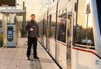 mark jackson edinburgh lothian buses and edinburgh trams set to offer free wifi