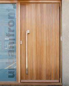 Exterior Front Doors Uk 25 Best Ideas About Exterior Front Doors On Front Door Paint Colors Farmhouse