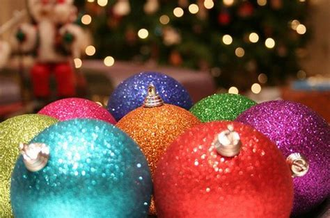 amazing and colorful christmas ball ornaments