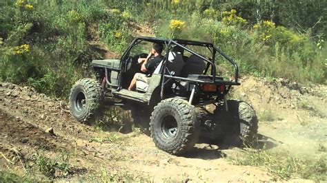 suzuki samurai buggy suzuki samurai buggy and cj7 climbing sand pit youtube