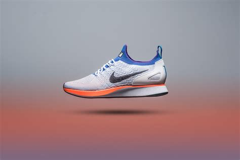Nike Air Zoom Flyknit Racer by Nike Air Zoom Flyknit Racer