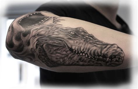 crocodile tattoo alligator go search for tips tricks