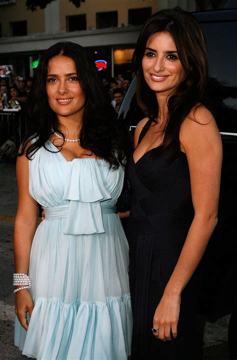 Salma Hayek Engaged And Knocked Up by Penelope Doing Salma Hayek S Hair And Makeup