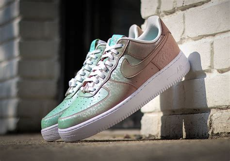 shoes that change color in the sun the nike air 1 low quot preserved icons quot changes color