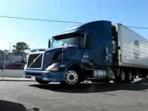 Volvo Vs Freightliner Volvo Truck Refrigerated Semi Trailer Dot Foods