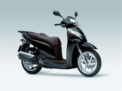 Röhrenlen Kaufen by Gebrauchte Honda Sh300i Motorr 228 Der Kaufen