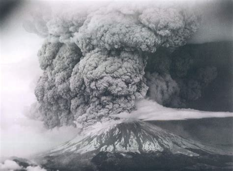 how the seattle times covered the mount st helens eruption 36 years ago the seattle times