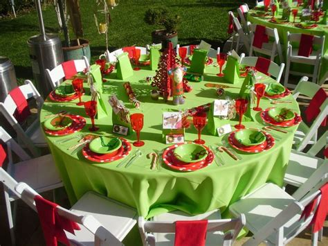 25 best ideas about christmas party table on pinterest