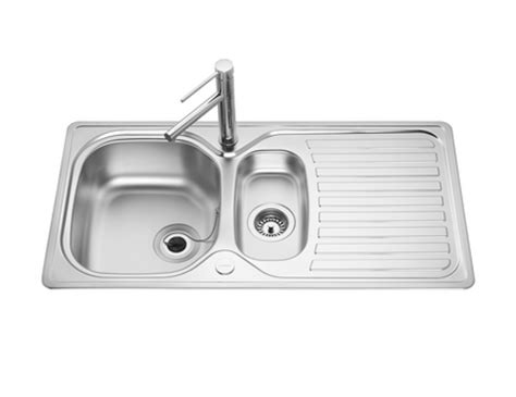 howdens kitchen sinks lamona standard 1 5 bowl sink stainless steel kitchen