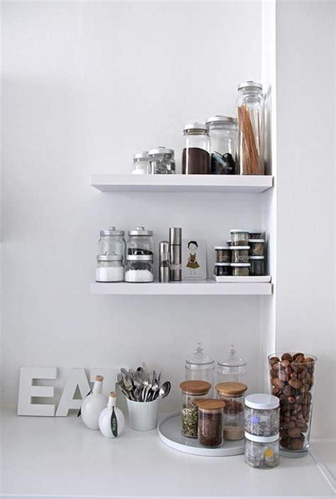 baldas y estantes c 243 mo decorar y ordenar la cocina decoracion in