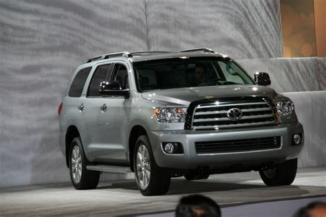toyota new 2017 2017 toyota sequoia new design review carstuneup