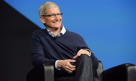 Auburn Mba Salary by Details About Tim Cook S Salary Family Partner