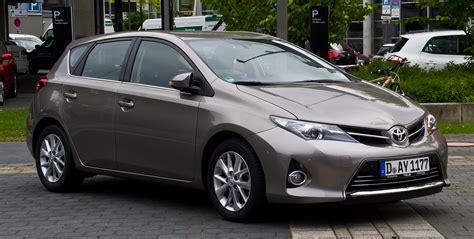 Toyota De Toyota Auris 2015 G 252 Ncel Fiyatları Uygun Taşıt