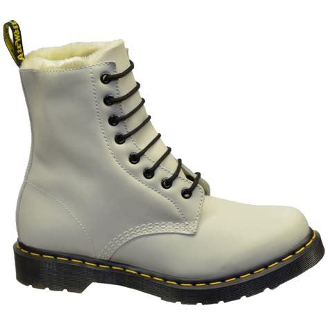 Sepatu Boot Dr Marten Code Dr 02 dr martens dr martens serena white sc8 faux fur