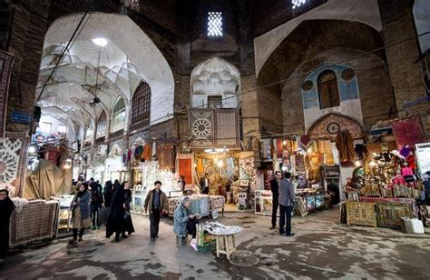 bazaar  isfahan tishineh tourism