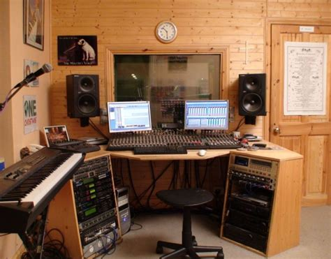 Tiny House Music Studio | small recording studio design ideas home decor and