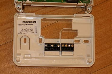 replacing siemens thermostat with honeywell thr870c