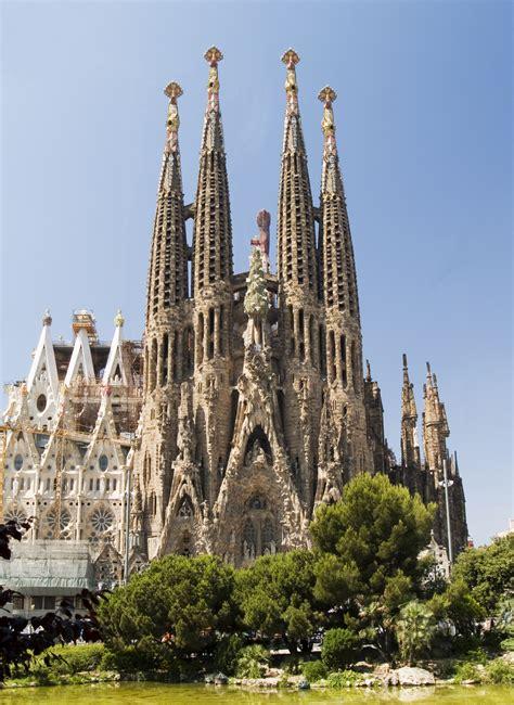 antoni gaudi create your from barcelona barcelona sights la sagrada familia