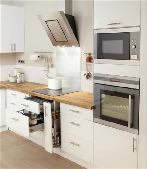 stickers facade cuisine una cocina luminosa y actual los muebles blancos