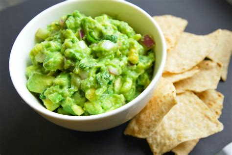 5 minute recipes 50 and easy to cook recipes ready in just 5 minutes books easy five minute guacamole recipe