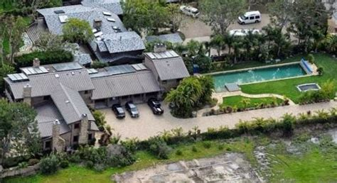 nicki minaj house inside nicki minaj net worth salary house car