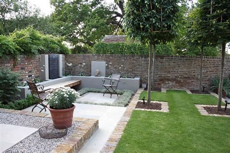 landscaping ideas for small square gardens garden design