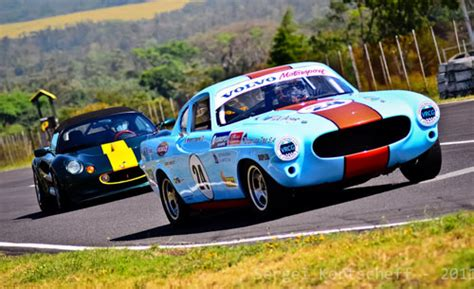 volvo p1800 race car volvo p1800 race car in gulf colours in 2 motorsports