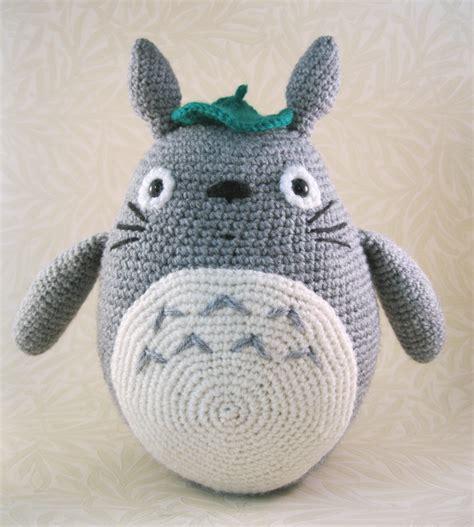 amigurumi totoro lucyravenscar crochet creatures all the totoros