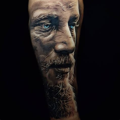 ragnar lothbrok tattoo ragnar lodbrok portrait best design ideas