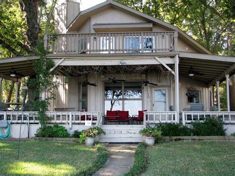 The Lake House Dallas by Cozy Lake Home On Cedar Creek Lake An Hour Vrbo