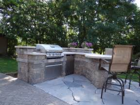 custom outdoor kitchen contemporary patio milwaukee