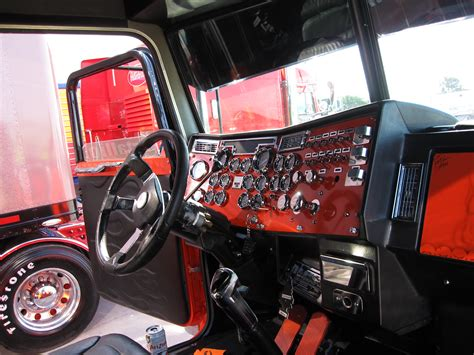 Truck Interior by 1000 Images About Inside Big Rigs On Custom