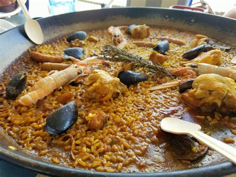 the best paella in barcelona barcelona gastro guide where to eat in barcelona an