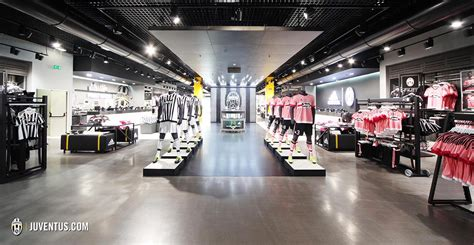 Lines Up Two In Store Performances To The Release Of Highly Anticipated Debut Album In Motion by Reved Juventus Stores Open In Turin Juventus