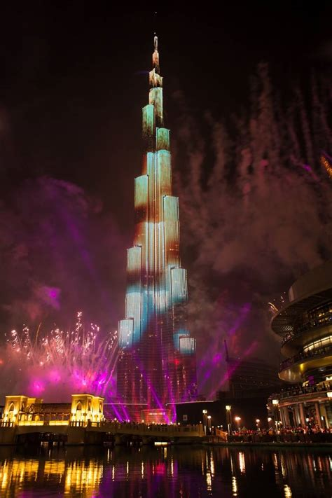 new year in dubai 2015 dubai celebrates 2015 with world s most watched new year s