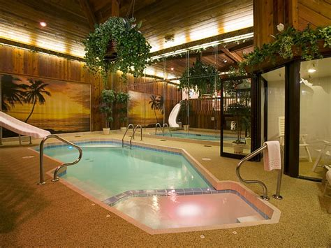chicago hotel with pool in room suites bring getaways to home onmilwaukee