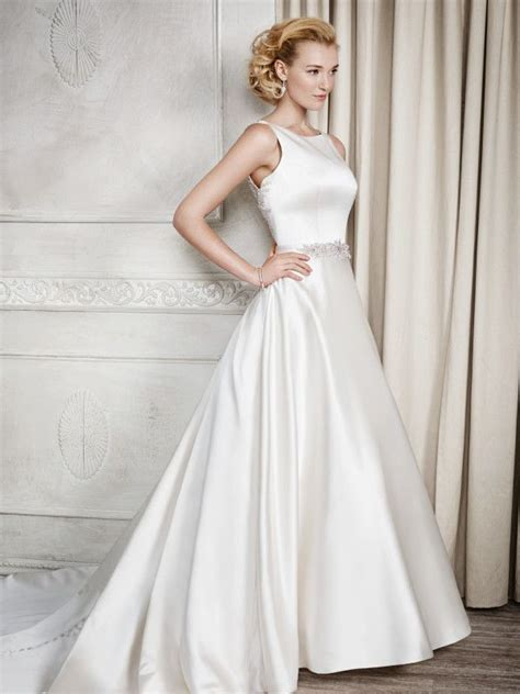 Satin Wedding Dresses by 25 Best Ideas About Satin Wedding Gowns On