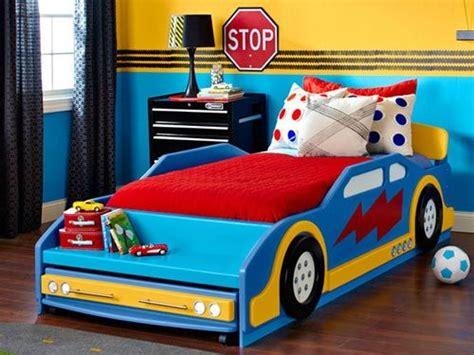 race car schlafzimmer ideen decorar con lunares de colores kinderzimmer design noah