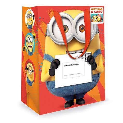 Airval International Minions Pouch Gift Set minions medium gift bag card set de078 character brands