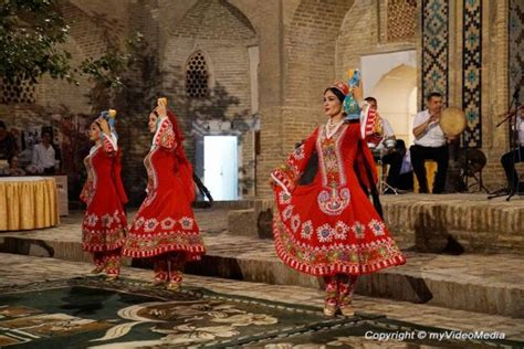 uzbek traditional music and dance in bukhara 1 national dance music and fashion show uzbekistan
