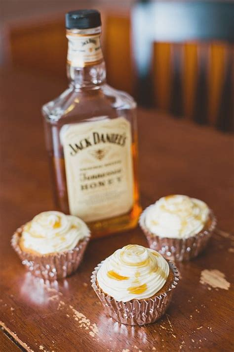 jack daniels honey cupcakes jack daniels honey whiskey cupcakes with a boozy drizzle