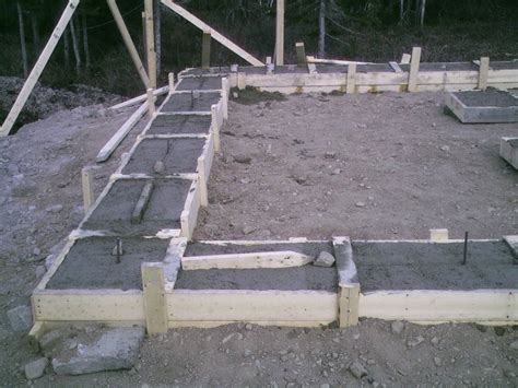 Shed Footings Depth by How To Build Cement Basement Footings Plans House Shed Garage