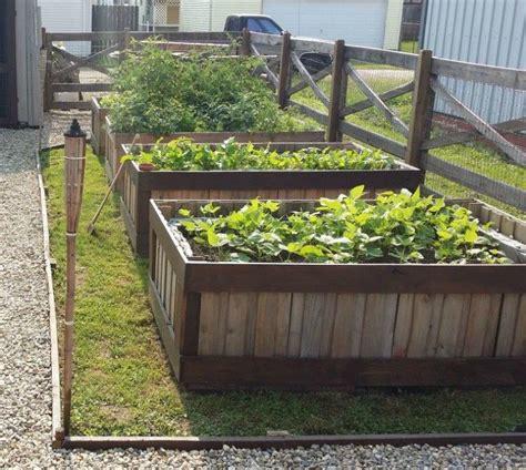 amazing garden features weve  saving  summer