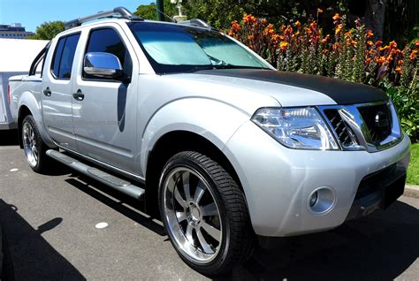 navara nissan modified modified nissan navara frontier d40 silver light truck