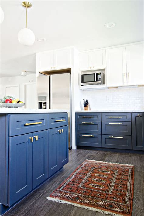 navy blue kitchen cabinets gorgeous navy blue on lower cabinets dresses up a white