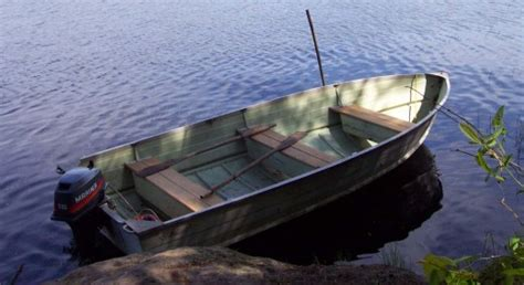 done deal fishing boats buying an old tin boat hubpages