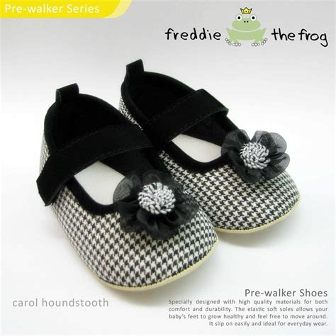 Sepatu Polka Black Anti Slip prewalker shoes by freddie the frog jce shop