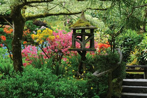World Renowned Butchart Gardens On Vancouver Island Japanese Flower Gardens