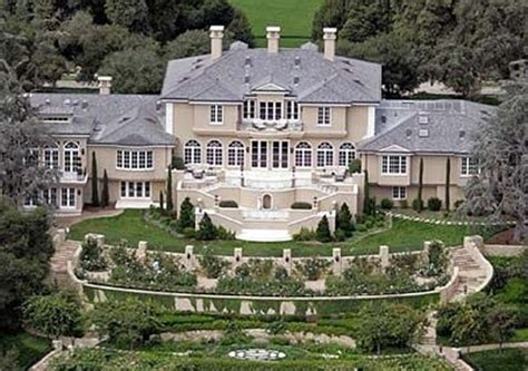 Oprahs House by The Fabulous Homes Planes And Other Toys Of Oprah